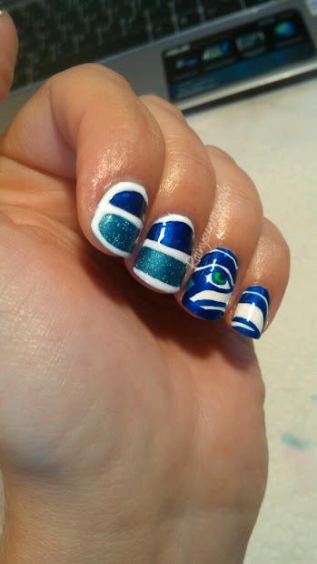 rainysunraynails seahawks nails