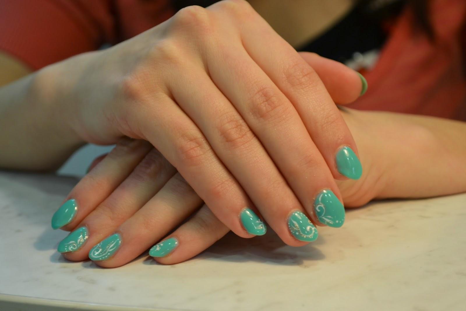 Фото гель на свои ногти