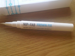 Nip + fab frown fix pen