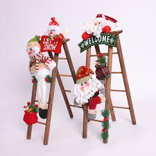 escalera de madera para decorar tu hogar en navidad