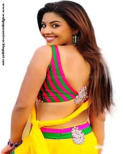 richa gangopadhayay hot photo gallery