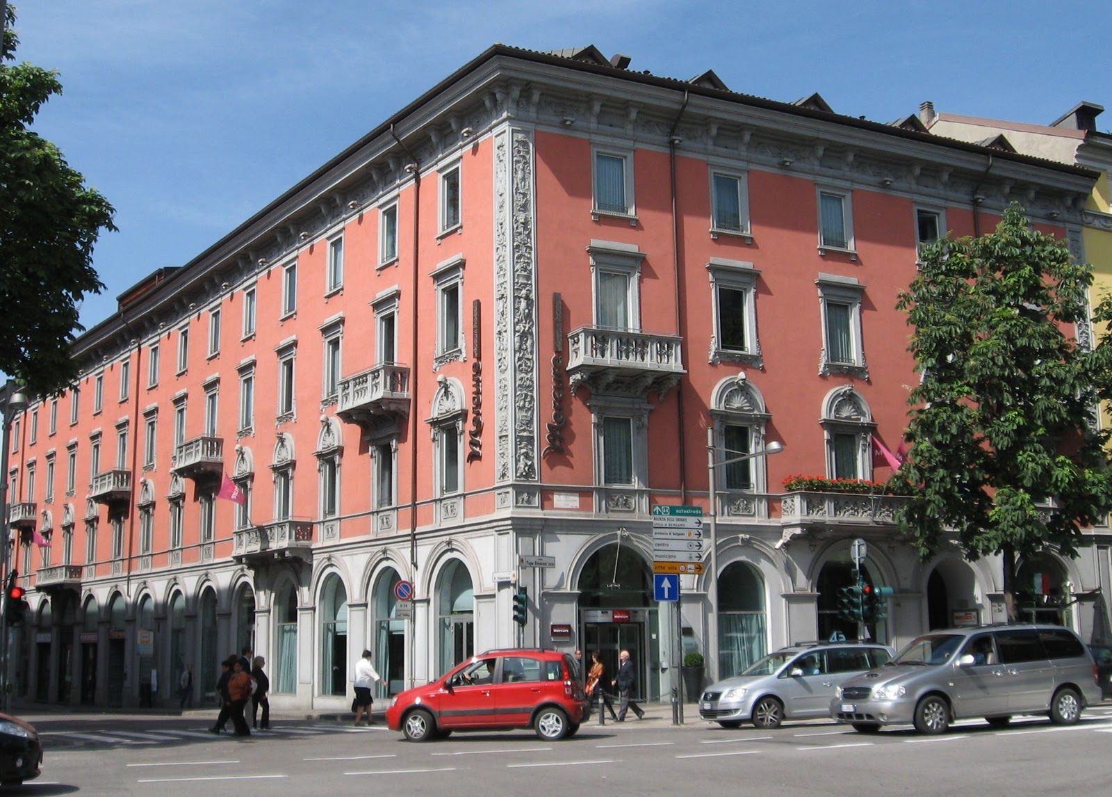 Best of bergamo bergamo hotels for Bergamo alta hotel