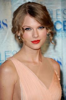 Taylor Swift Retro Style Curly Updo Hairstyle