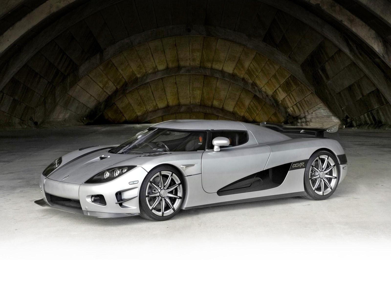 Koenigsegg CCXR Trevita là chiếc siêu xe đắt nhất thế giới, giá vào khoảng 4,8 triệu USD
