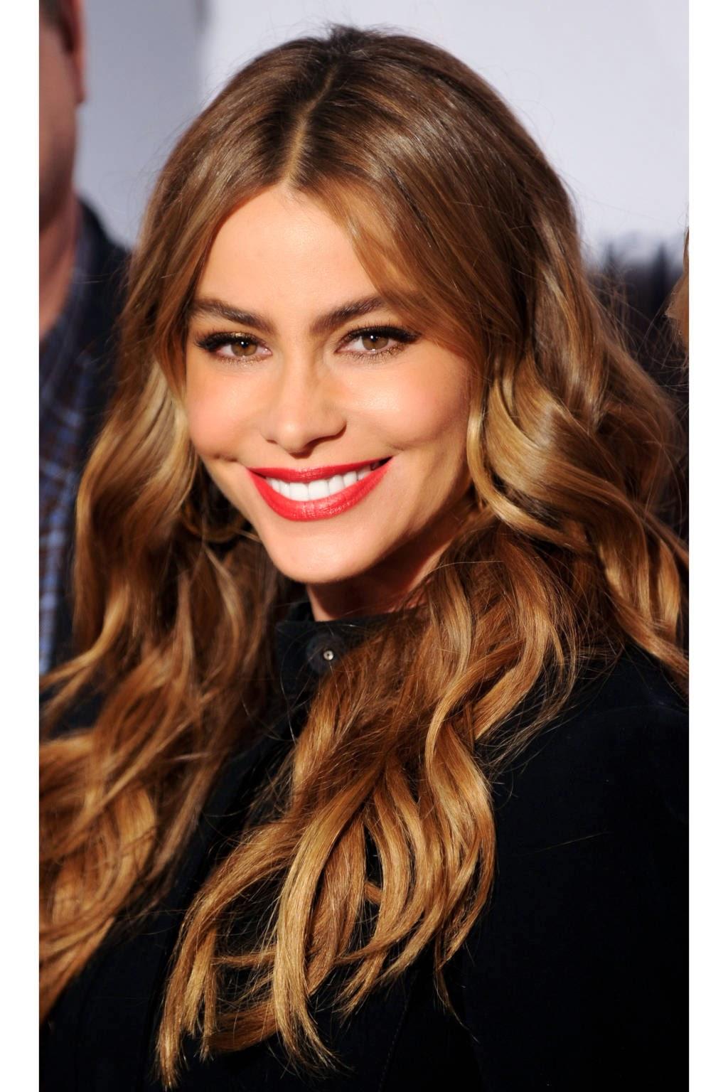 Trucos y consejos para peinados con la raya en medio Valentino  - Peinados Con Partido Enmedio