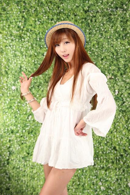 3 Lee Yoo Eun in White-Very cute asian girl - girlcute4u.blogspot.com