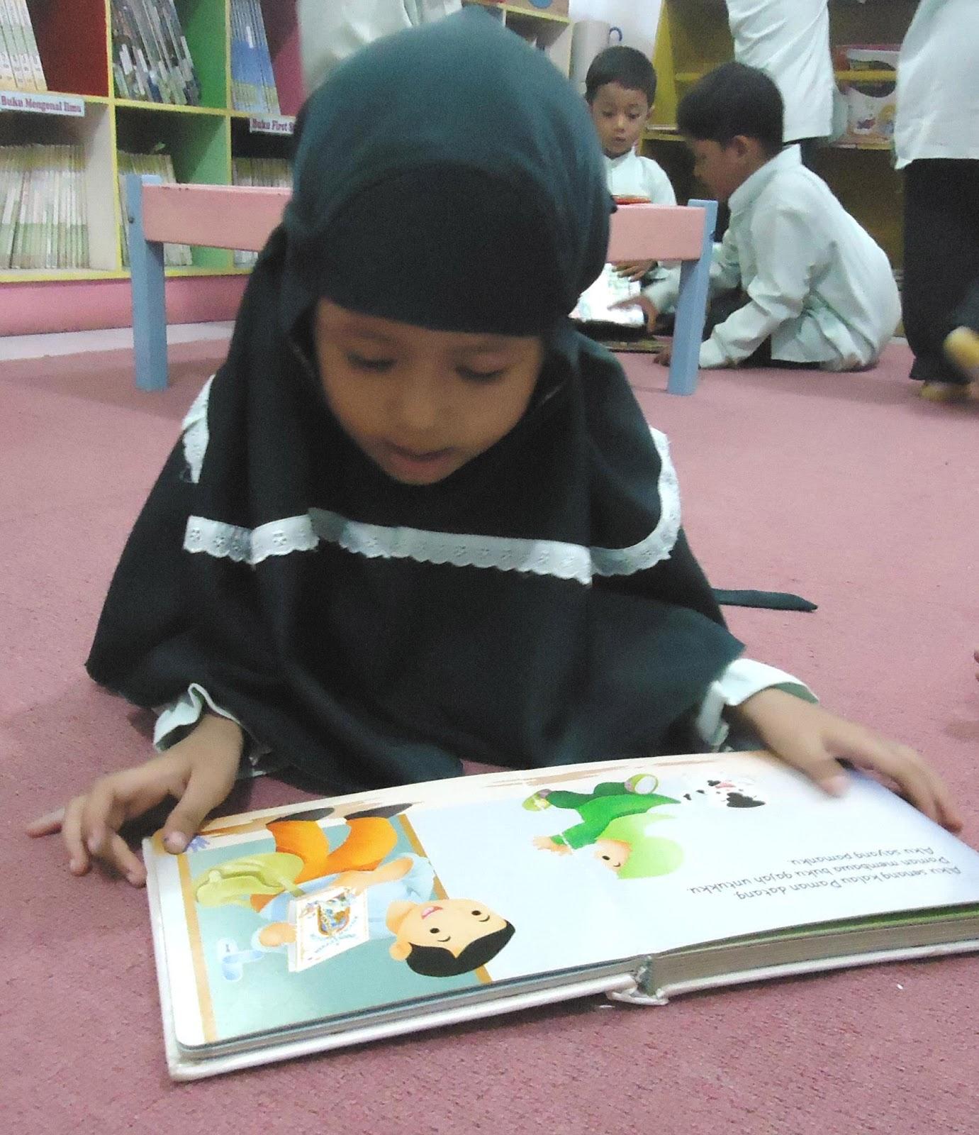 Mengapa Anak TK Tak Boleh Diajari Calistung?