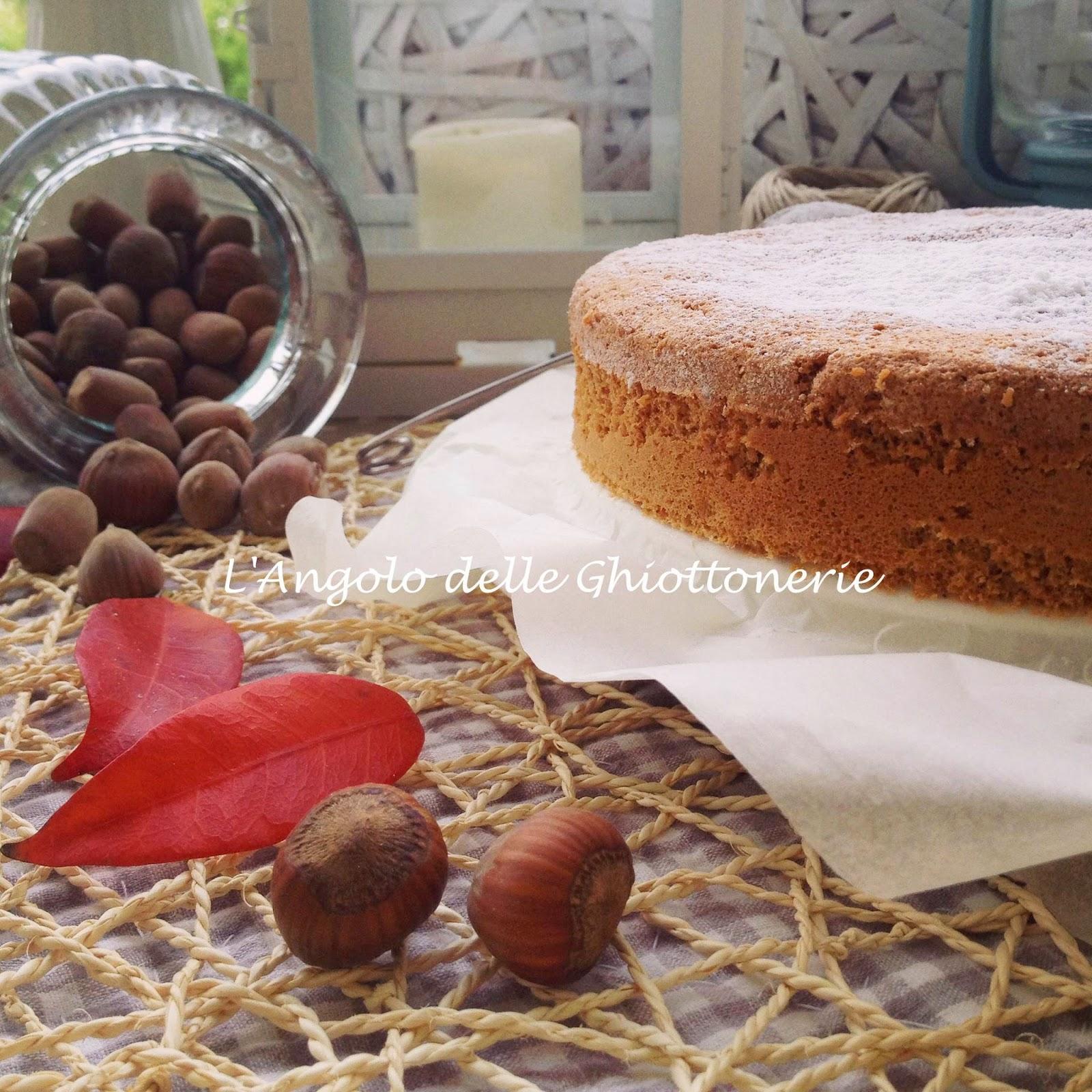 dalle langhe con amore. e' la mia gluten-free hazelnut cake