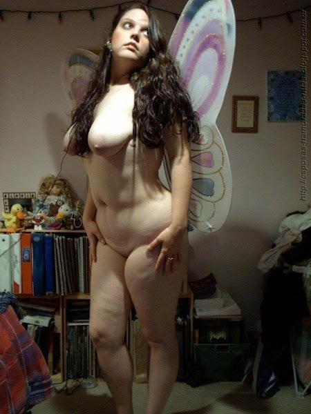 menina gordinha de cintura fina e peitoes caidos