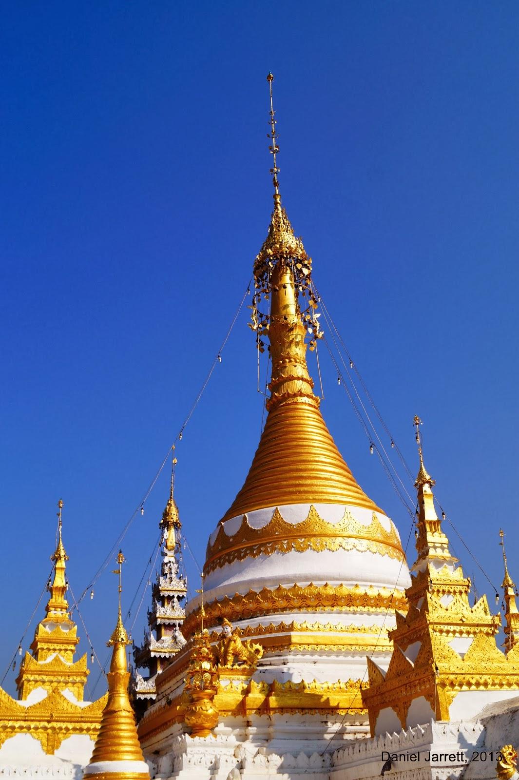 Wat Chong Kham / Klang Mae Hong Son