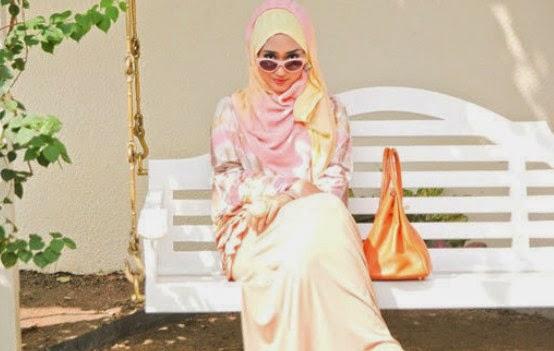 Model Jilbab Terbaru 2014 ala Dian Pelangi