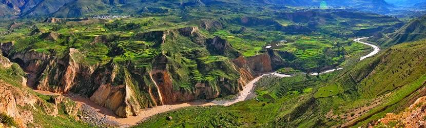 El valle y cañón del Colca, Arequipa, Perú