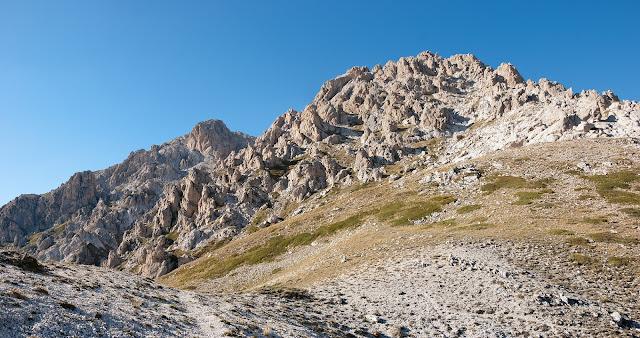 Monte Infornace e Monte Prena dalla sella delle Veticole