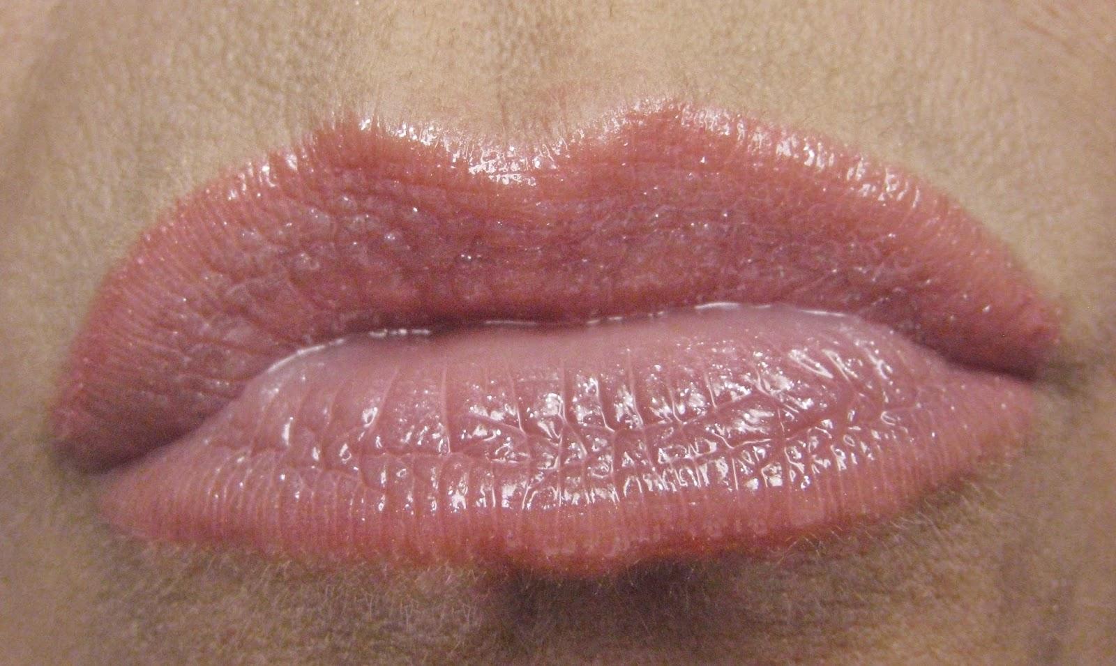 Nude Pink lips