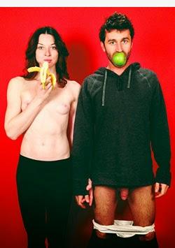 retrato de stoya y james deen semidesnudos