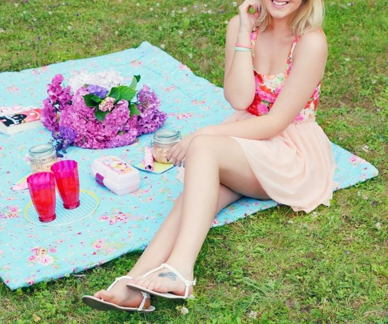Tipps_für_einen_verregneten_Sommer_Picknick_Therme_Pool_Beautytag_Langeweile