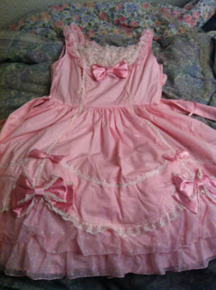 L329 Bodyline Dress Pink