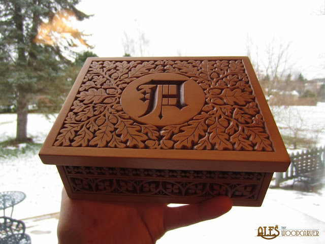 Ales the woodcarver tarot box for alison