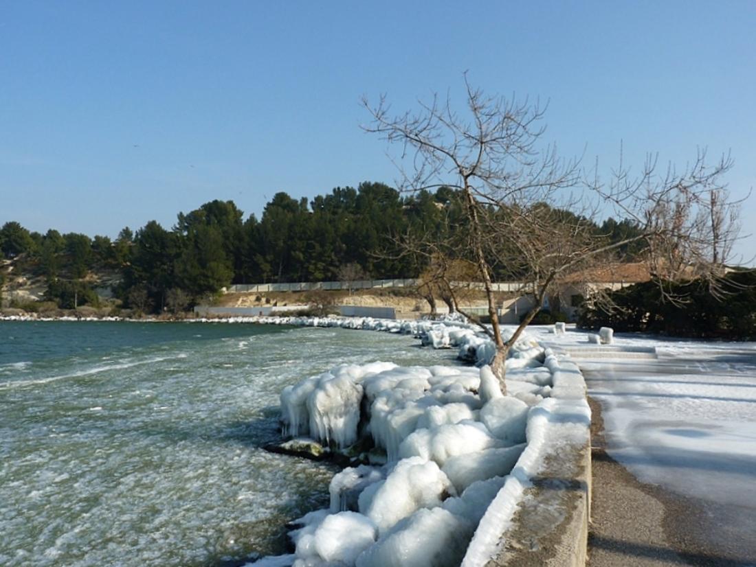 En provence et ailleurs il y a un an en provence for Piscine istres