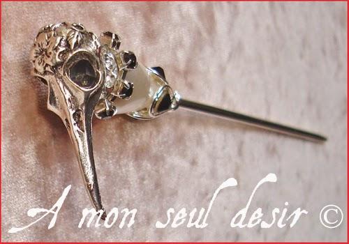 Pic à Cheveux gothique curiosité anatomie crâne oiseau Bijou Egypte Thôt Ibis bird skull hair stick pin gothic goth anatomy