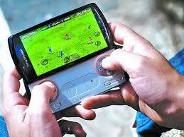 El celular Xperia Play telefono consola