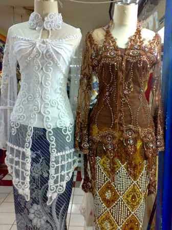 Trend Model Pakaian atau Baju Kebaya 2017/2018
