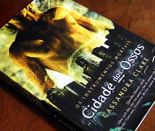 RESENHA: Cidade dos Ossos - Cassandra Clare