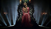 Ya voy por la 2da Temporada. Si la primera temporada me enganchó . la . game of thrones who will take the iron throne