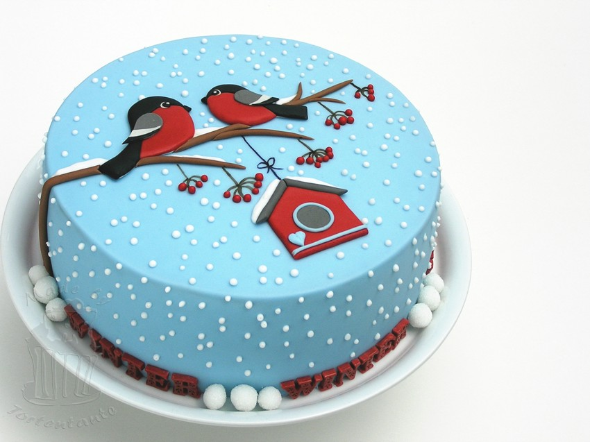 Red Cake Decorating Ideas