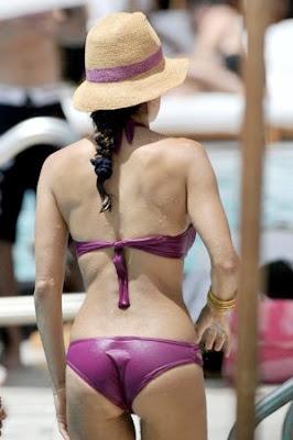 upskirt celebs brooke burke s bikini wedgie needs licking