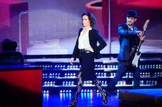 Ana Sans bailó el Strip Dance en Bailando 2012