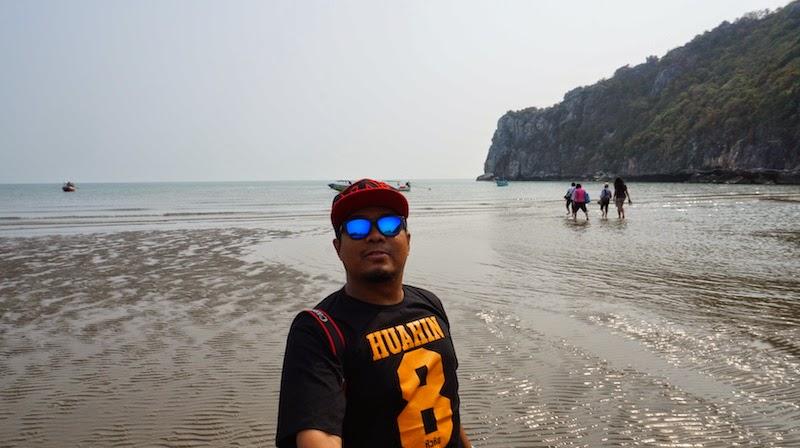 trip-Phraya-Nakhon-Cave-Thailand