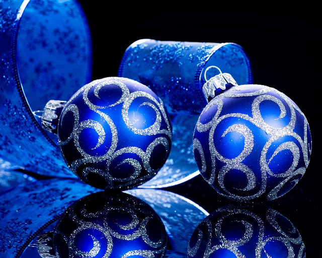 merry christmas blue balls wallpaper hd