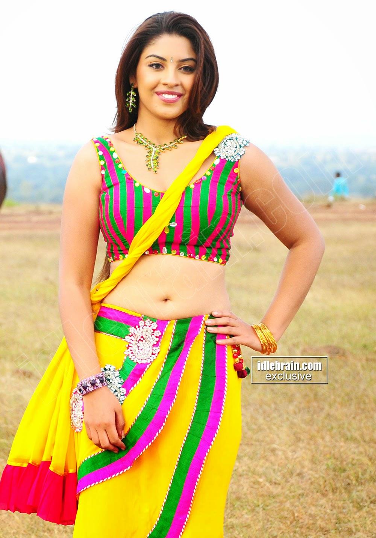 Richa Gangopadhyay  sexy at mirapakay movie
