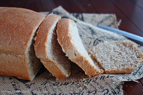 Ricotta and Olive Oil Bread   roxanashomebaking.com