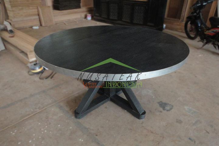 Narada Round Dining Room Table