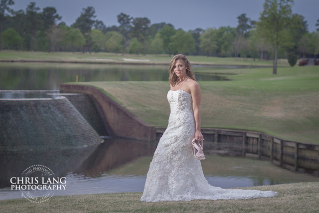 River-Landing-Wedding-Photographers-pictures-brides-wedding-dress-1