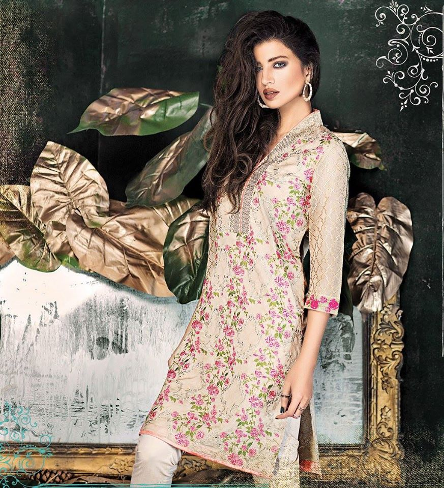 Long frocks | Pakistani Dresses | Mehndi Designs