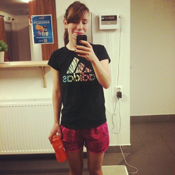 träningskläder outfit på sats