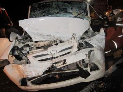 Perodua Myvi putih