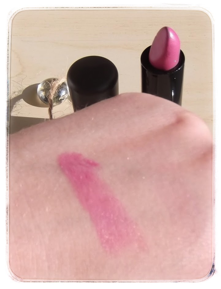 MAC mineralize lipstick divine choice review swatch beauty blog
