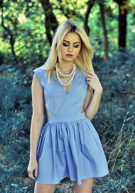 http://www.dressin.com/Stylish-Sexy-Women-Sleeveless-V-neck-Zipper-Light-Blue-Solid-Party-Mini-Dress-g2072.html?utm_source=lb&utm_medium=cpc&utm_campaign=Long17