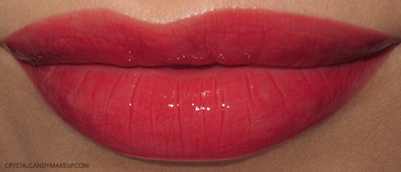 Burberry Kisses Gloss No.109 Military Red Swatches