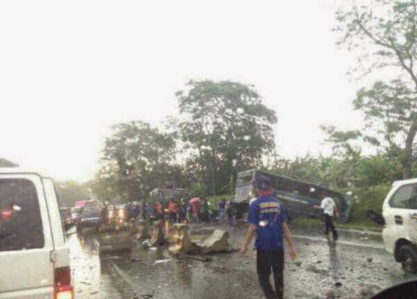 Kecelakaan Beruntun Sebelum Gadog Arah Puncak