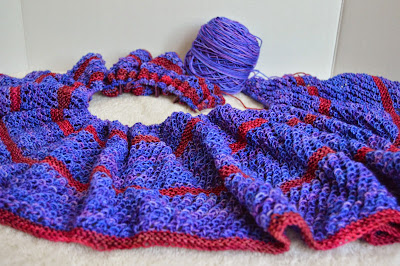 knit scarf or shawl, https://www.etsy.com/shop/JeannieGrayKnits