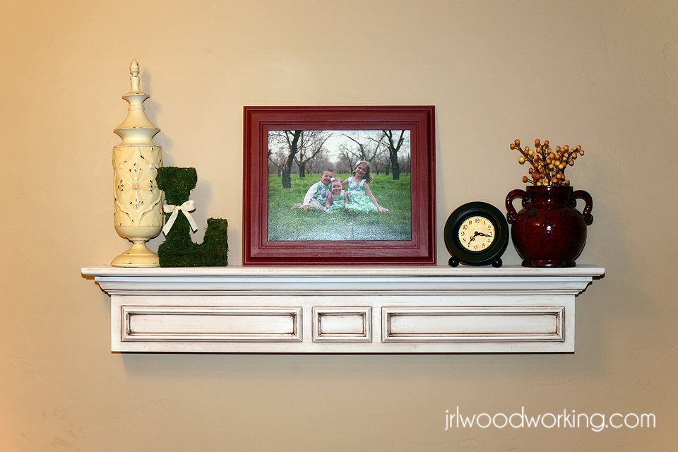 ... Plans and Woodworking Tips: Furniture Plans: 4-Foot Mantel Wall Shelf