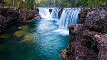 #27 Waterfall Wallpaper