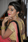 Harini at Valayam movie launch-thumbnail-3