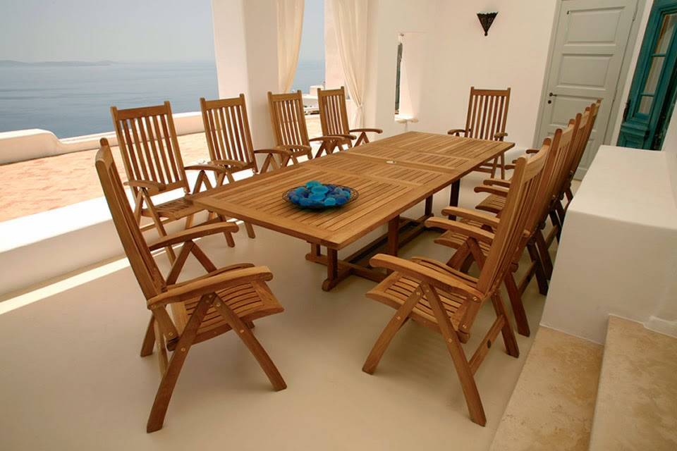 Hildreth39s home goods caring for your teak patio furniture for Does homegoods have patio furniture