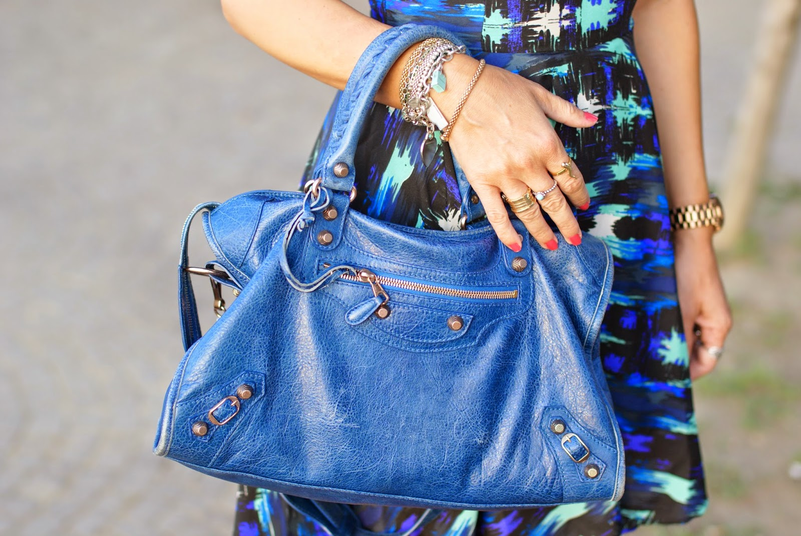 Balenciaga City cobalt blue, Fashion and Cookies, fashion blogger